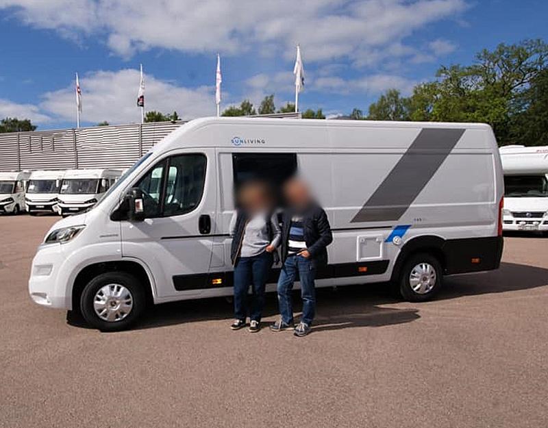 """Husbil """"plåtis"""" Fiat Sun Living V65 SL stulen i Osbyholm utanför Hörby"""
