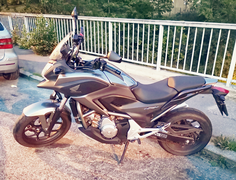 Svart Honda NC700 X stulen i Johanneshov, Stockholm