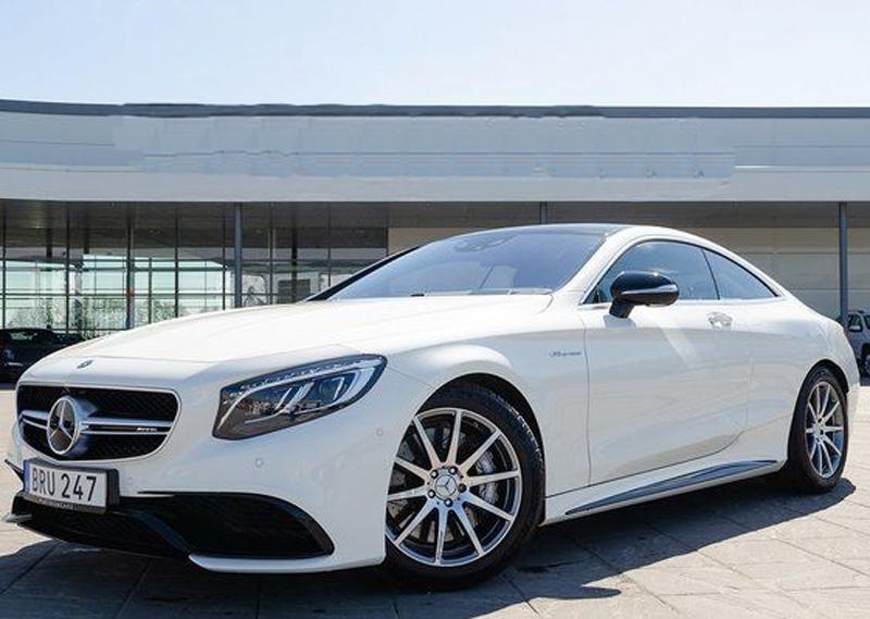 Vit Mercedes Benz S63 AMG Coupé stulen i Motala