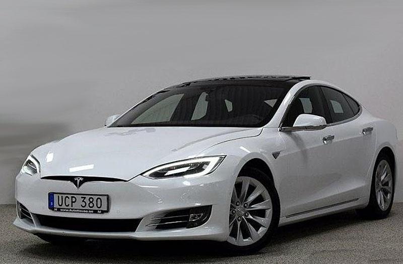 Vit metallic Tesla Model S 90D AWD stulen i Mellbystrand, Laholm