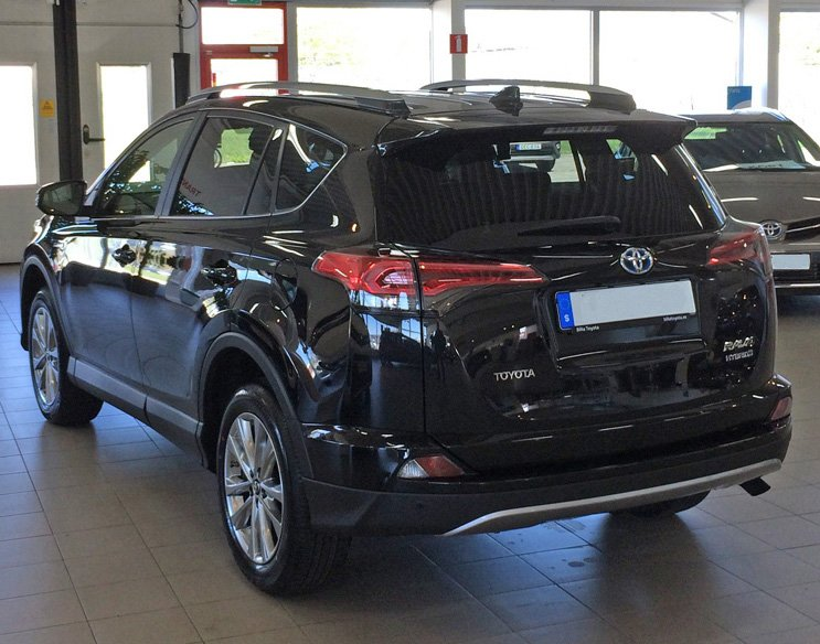 Svart Toyota RAV4 Hybrid 2.5 AWD stulen i Bromma, Stockholm