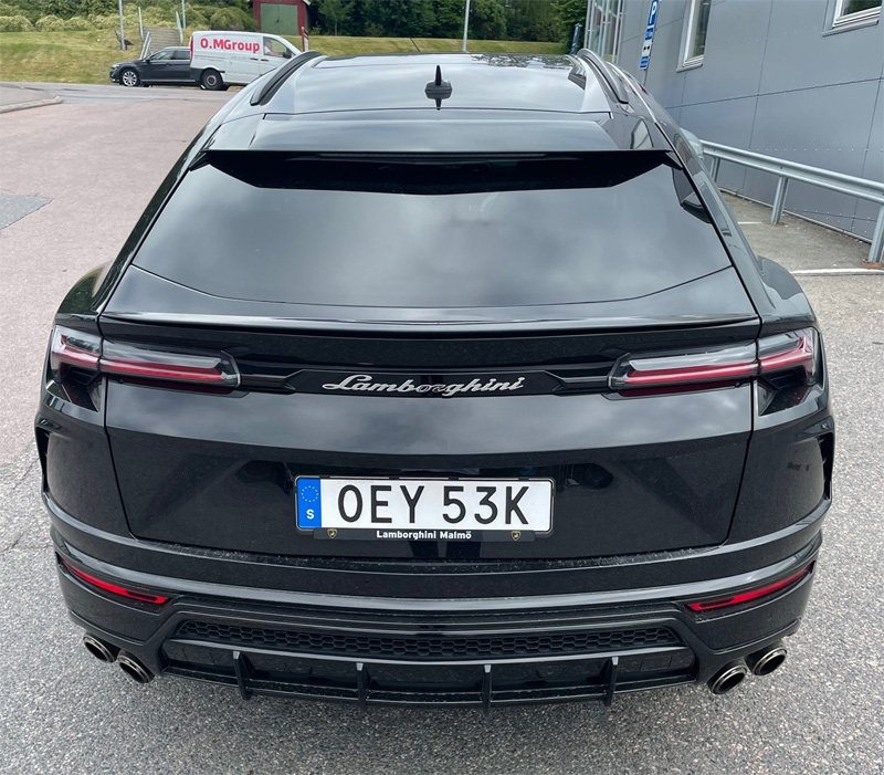 Svart Lamborghini Urus stulen i Mölnlycke sydost om Göteborg
